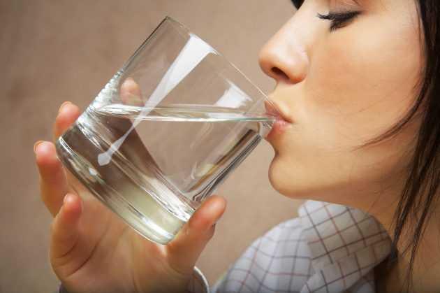 Болит голова и все время хочется пить — Головные боли